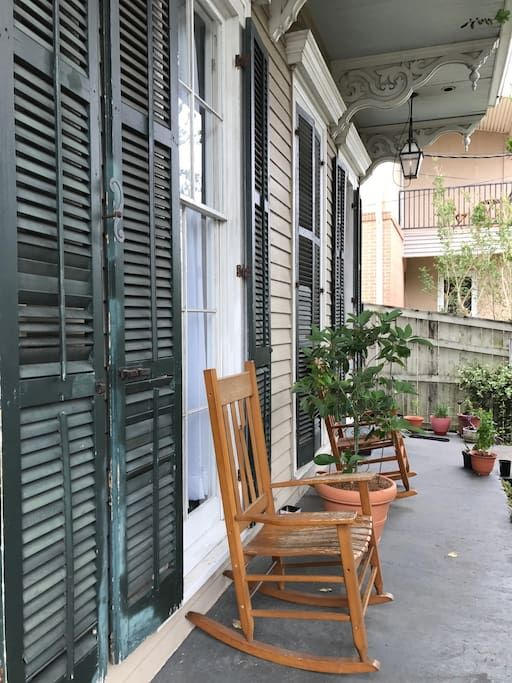 The Compound Secure 1 Bath Near Magazine St Apartments For Rent In New Orleans Louisiana United States