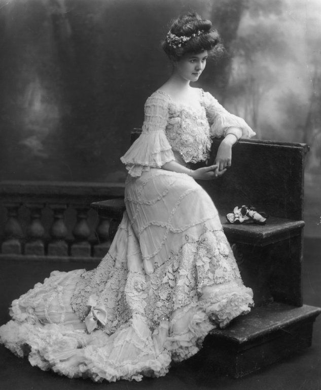 Corsetry, top hats and ruffles: 1900s fashion reimagined for the Edwardian Ball