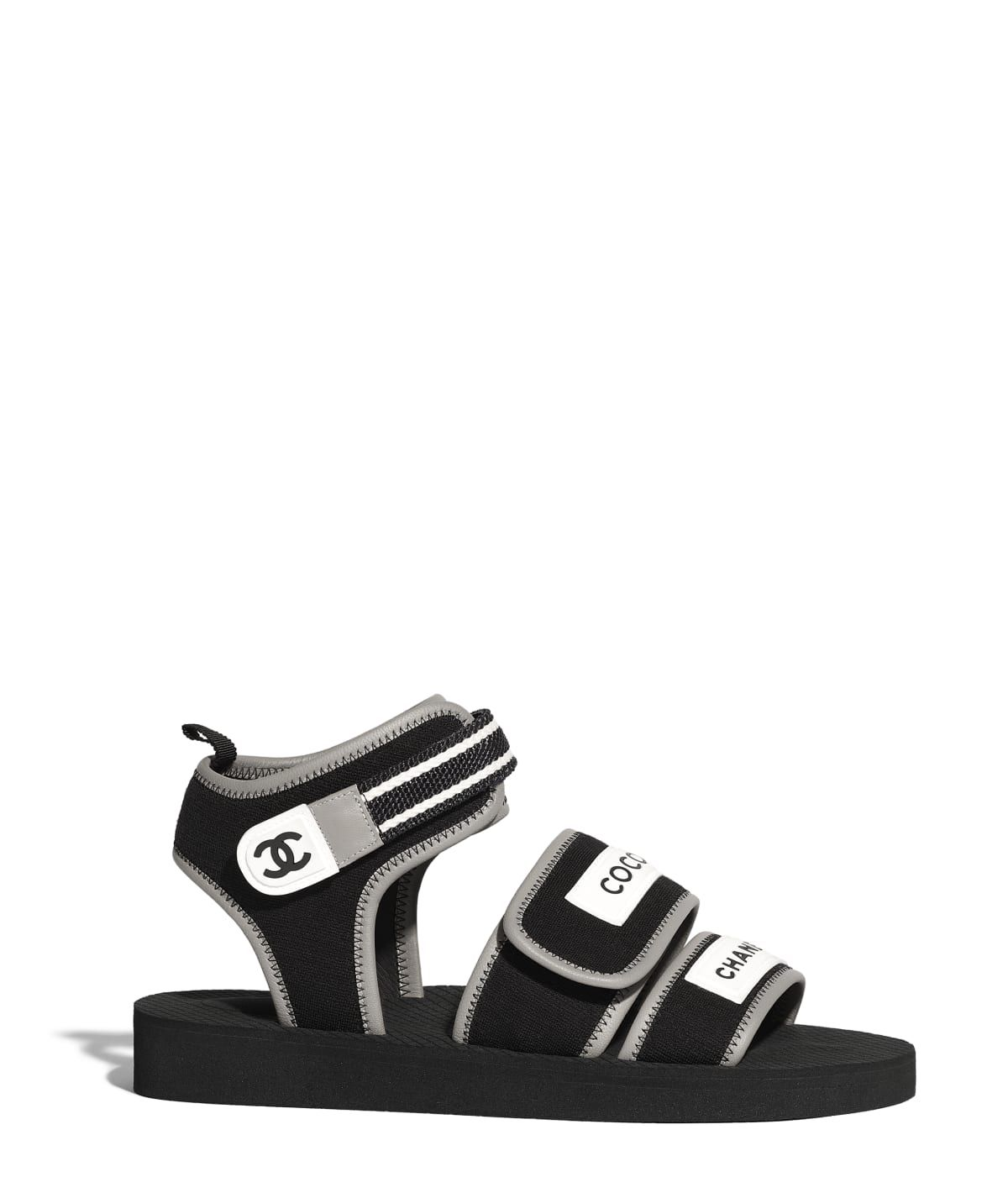 07534ccaf7 Chaussures CHANEL Mode de la collection Printemps-été 2019 ...