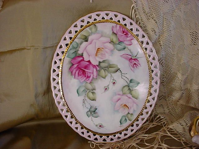 JH54 ROSES Hand Painted Victorian Oval Tile-