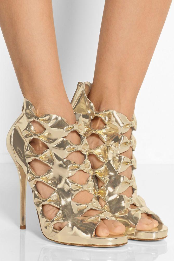 OSCAR DE LA RENTA Talina Metallic Leather Sandals   Buy ➜ http://shoespost.com/oscar-de-la-renta-talina-metallic-leather-sandals/