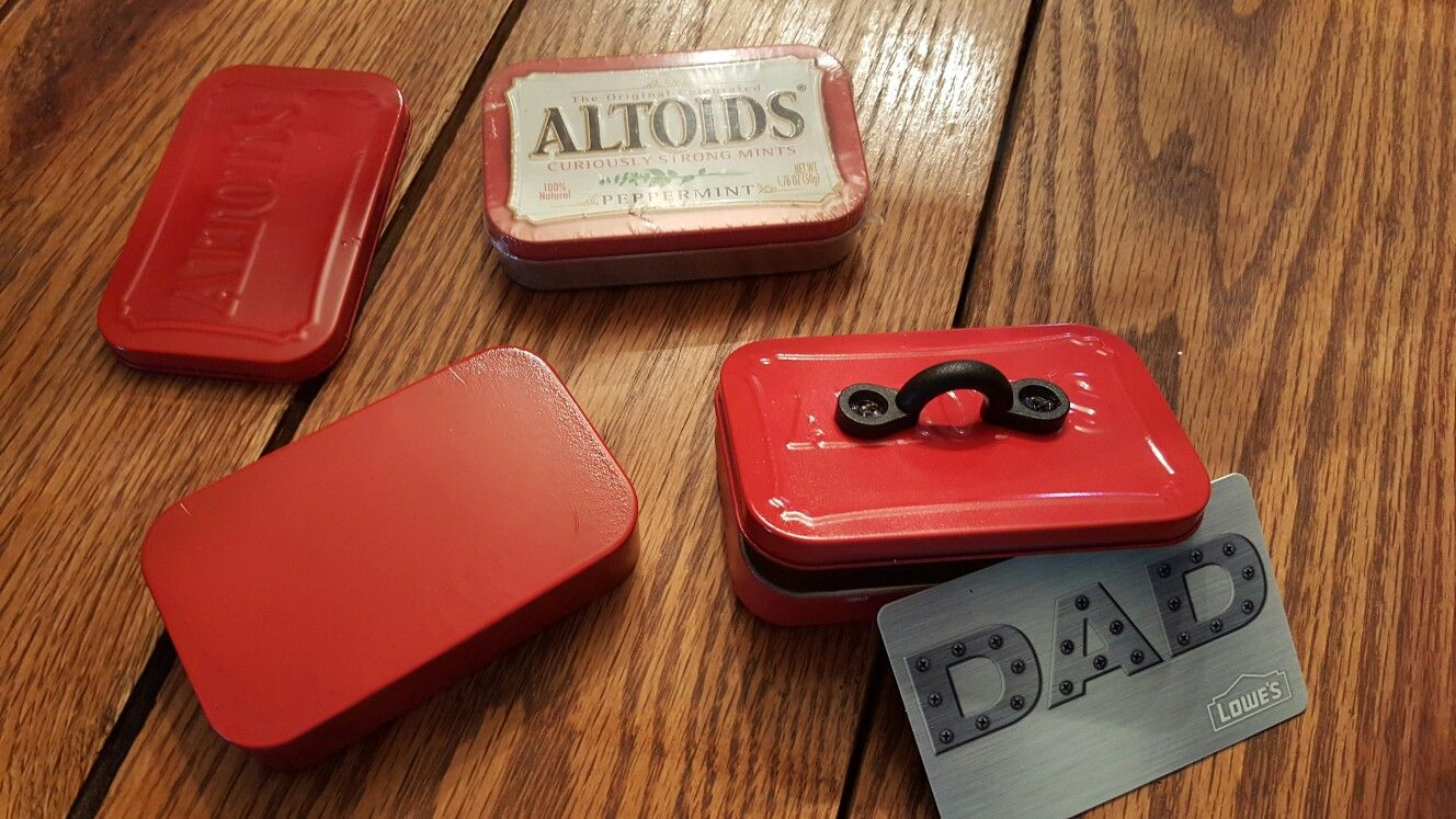 Altoids Tool box gift card holder for Father's day at church | Gifts. Tool box. Box