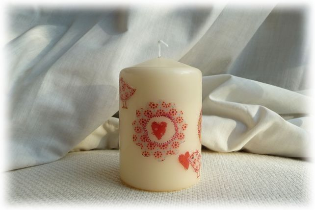 Candle hand decorated with Hearts - Red £4.95