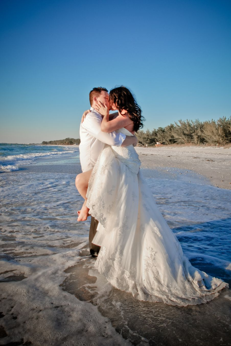 beach trash the dress photoshoot | Forever and Always <3 | Pinterest ...