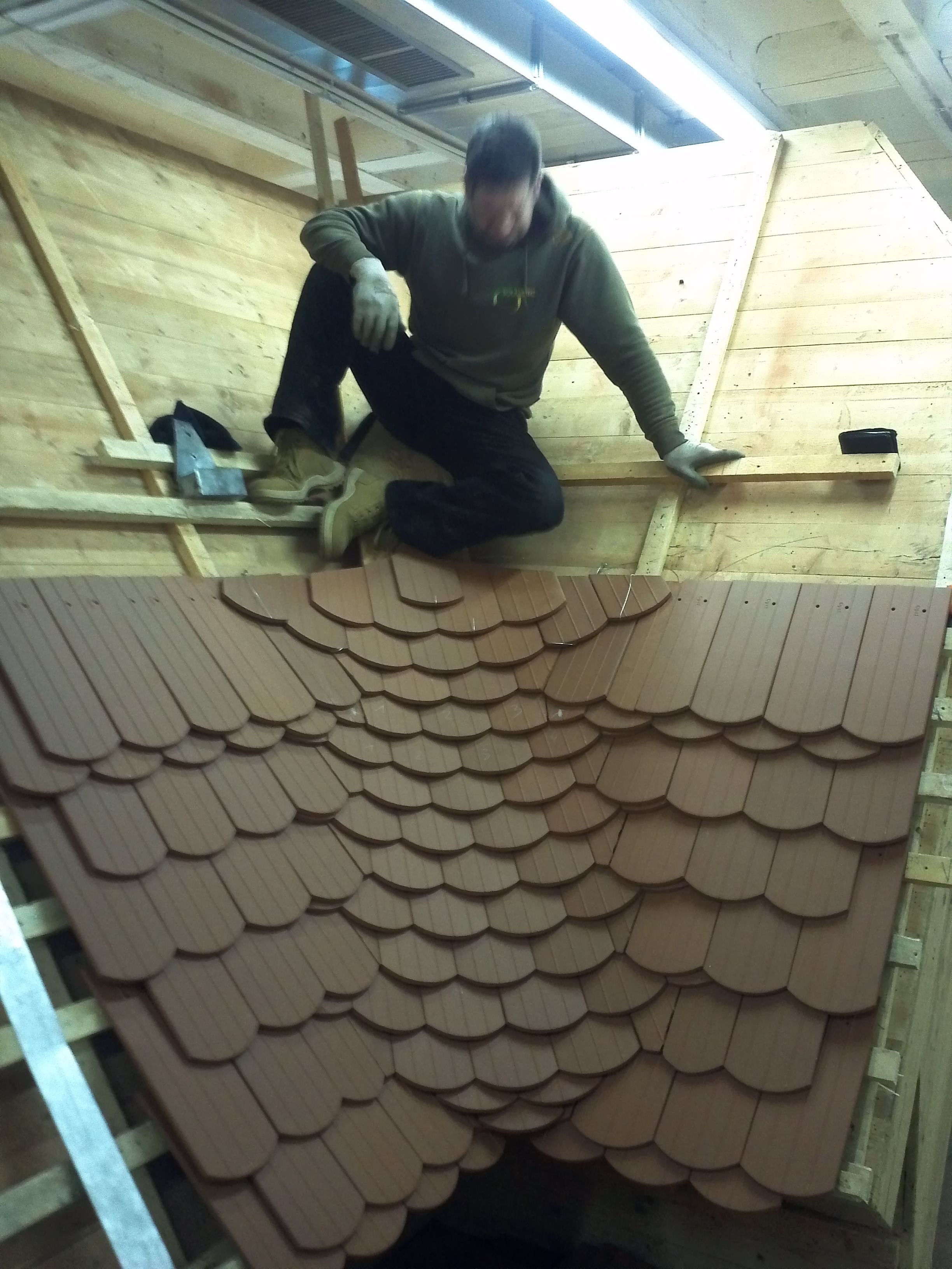 Some Different Beavertail Tile Integrated Valleys Roof Architecture Roof Decoration Roof Design