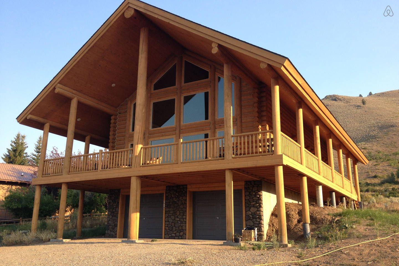 Log Cabin Near West Yellowstone Mt In Island Park Log Cabin