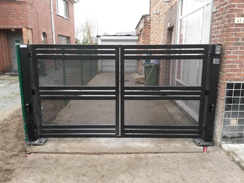 Swing gates |  BM Technics |  Wrought iron gate, modern dra…