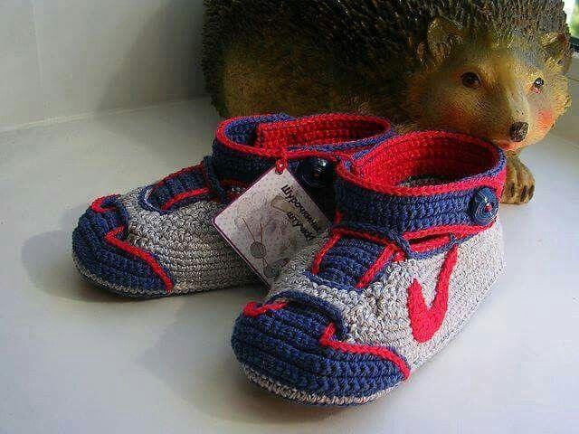 Pin de Cristina Sanhueza Ovalle en Zapatos, zapatillas, pantuflas ...
