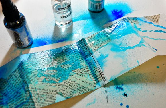 This is a great tutorial.  Dina Wakley art journal tutorial