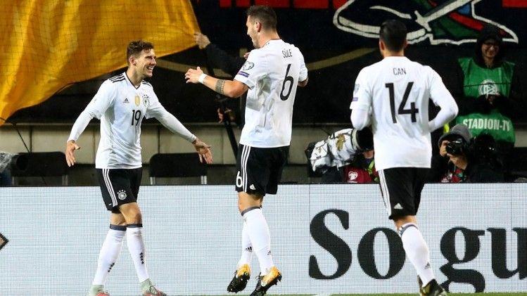 Cempionatda Hələlik 4 Cempion Var Novator Az Midfielder Fifa World Cup Fifa
