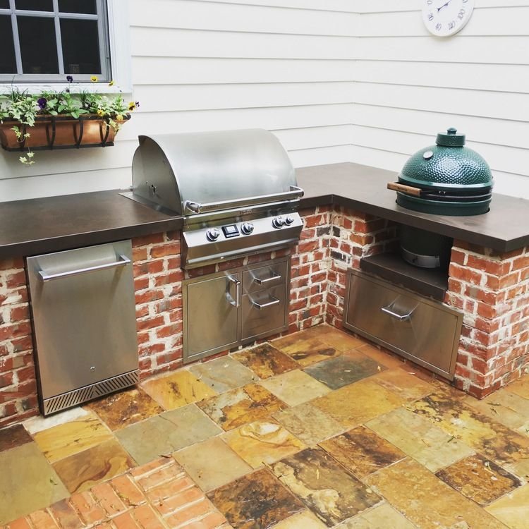 Custom Grill Island With Large Big Green Egg Firemagic Grill