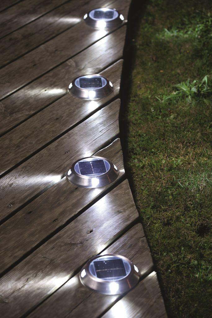 Eclairage Exterieur Lumieres Pour Mettre En Valeur La Terrasse Eclairage En Exterieur La Lumie Eclairage Exterieur Eclairage Terrasse Lumiere Terrasse