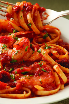 Pasta with Spicy Marinara – Get a jump start on family pasta night by using jarred pasta sauce—dressed up with garlic and sun-dried tomatoes and served with shrimp on your dinner table.