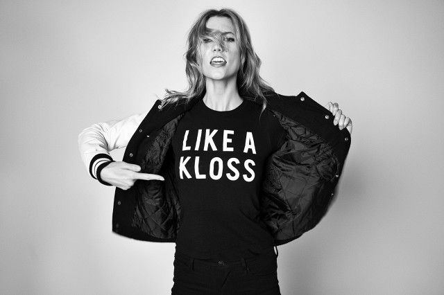 Like a Kloss is just like a boss.  We chatted with Karlie Kloss about how she manages to balance being a super model, student, role model, and so much more.
