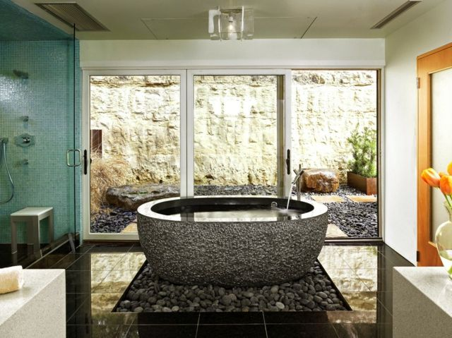freistehende Badewanne modern stilvoll Flusssteine Deko | 4. Bad ...