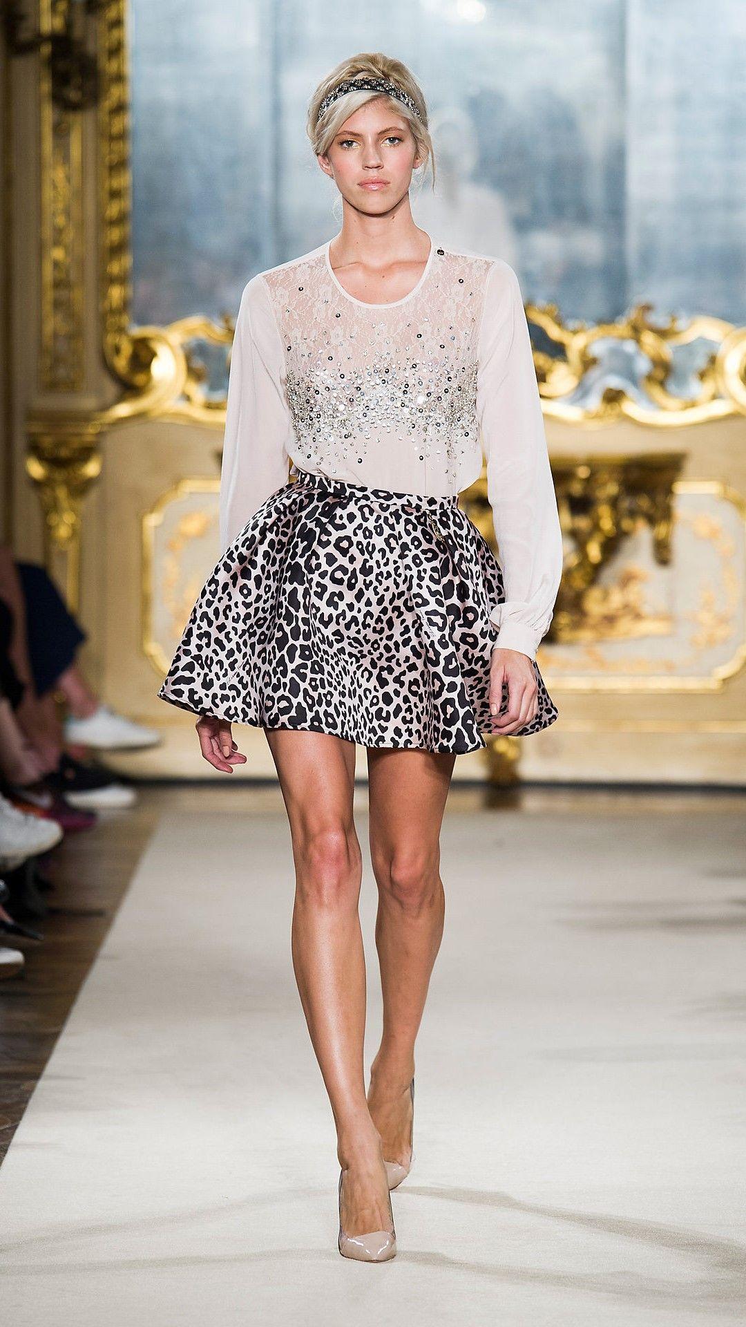 7e6fc47b8a Elisabetta Franchi Spring 2015 | Ready-to-Wear | animal inspired en ...