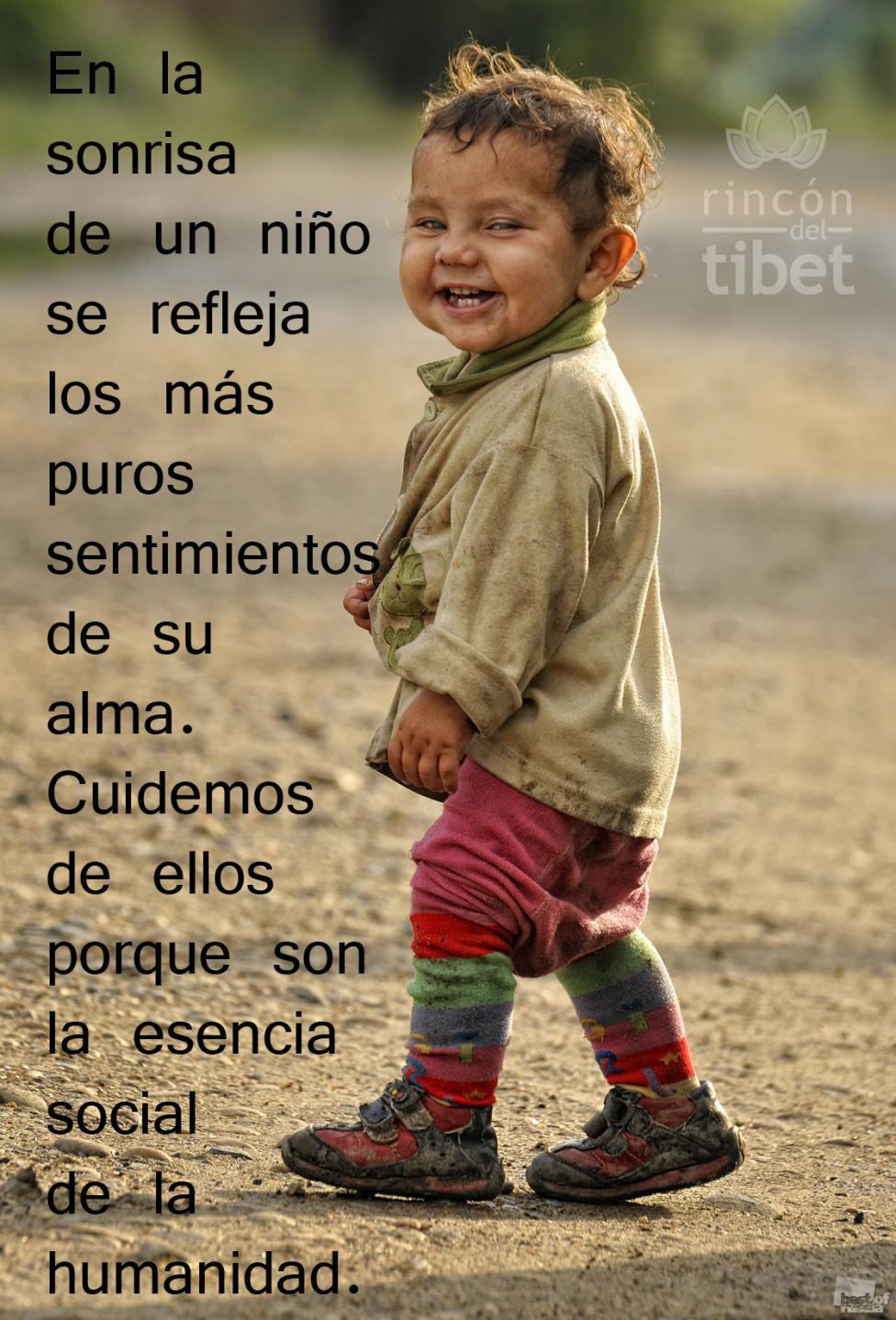 En La Sonrisa De Un Niño Retratos De Niños Caras De Niños