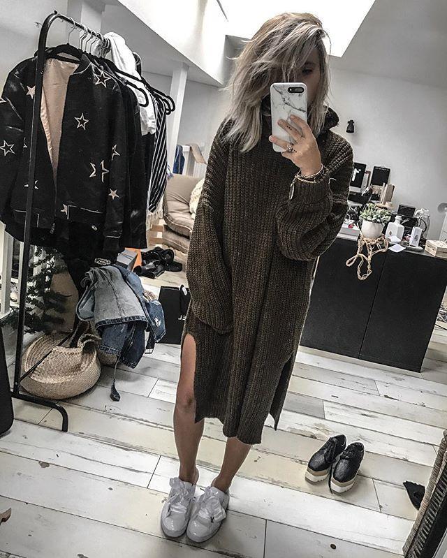 WEBSTA @ noholita - Big sweater is so cool ❄️ || lien sur le blog dans #pull ainsi que que les inspi #stellamccartney dans #shoes noholita.fr