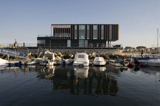 Nautical Portonovo / Díaz y Díaz Arquitectos
