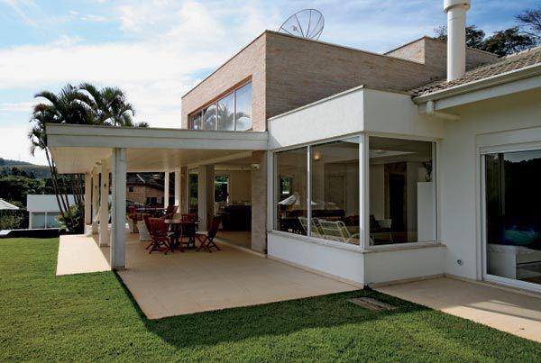 fachadas-de-casas-modernas-telhado-embutido projetos casa ...