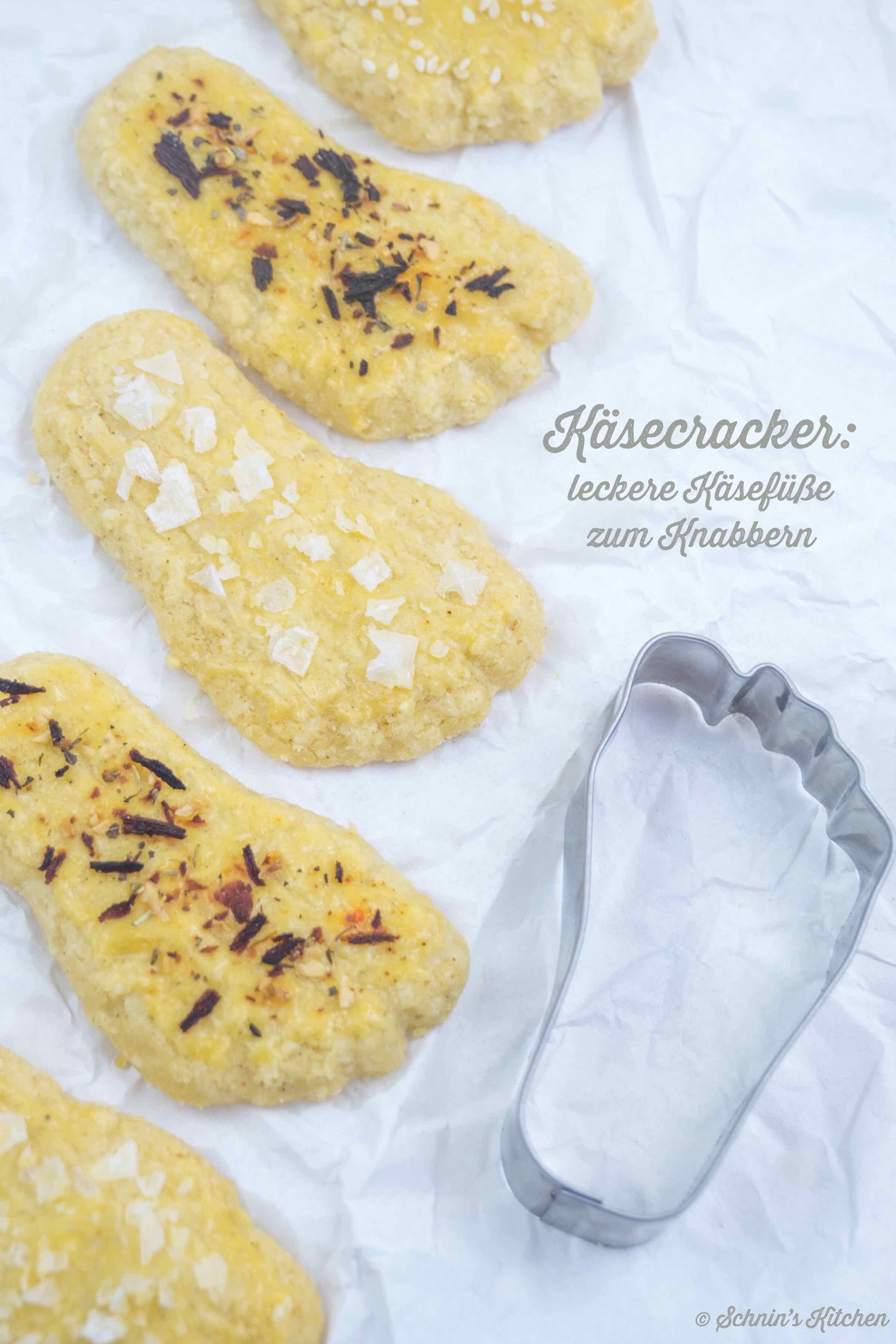 Käsecracker - leckere Käsefüße zum Knabbern - Schnin's Kitchen