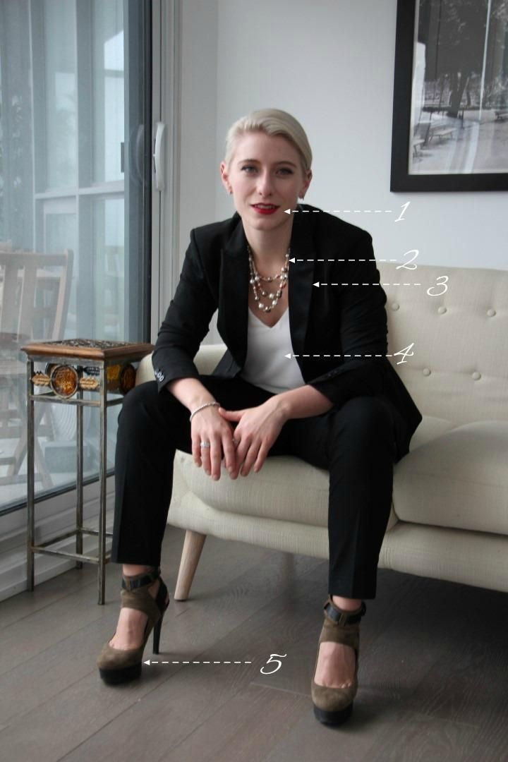 How to look chic and professional 9-5