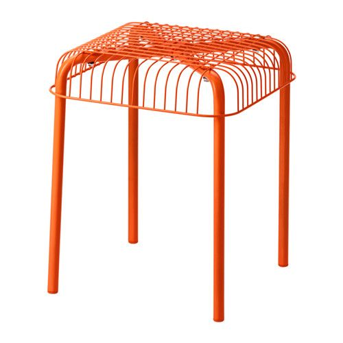 IKEA - VÄSTERÖN, Jakkara, sisä-/ulkokäyttöön, oranssi, , Helppo pinota tilan säästämiseksi.