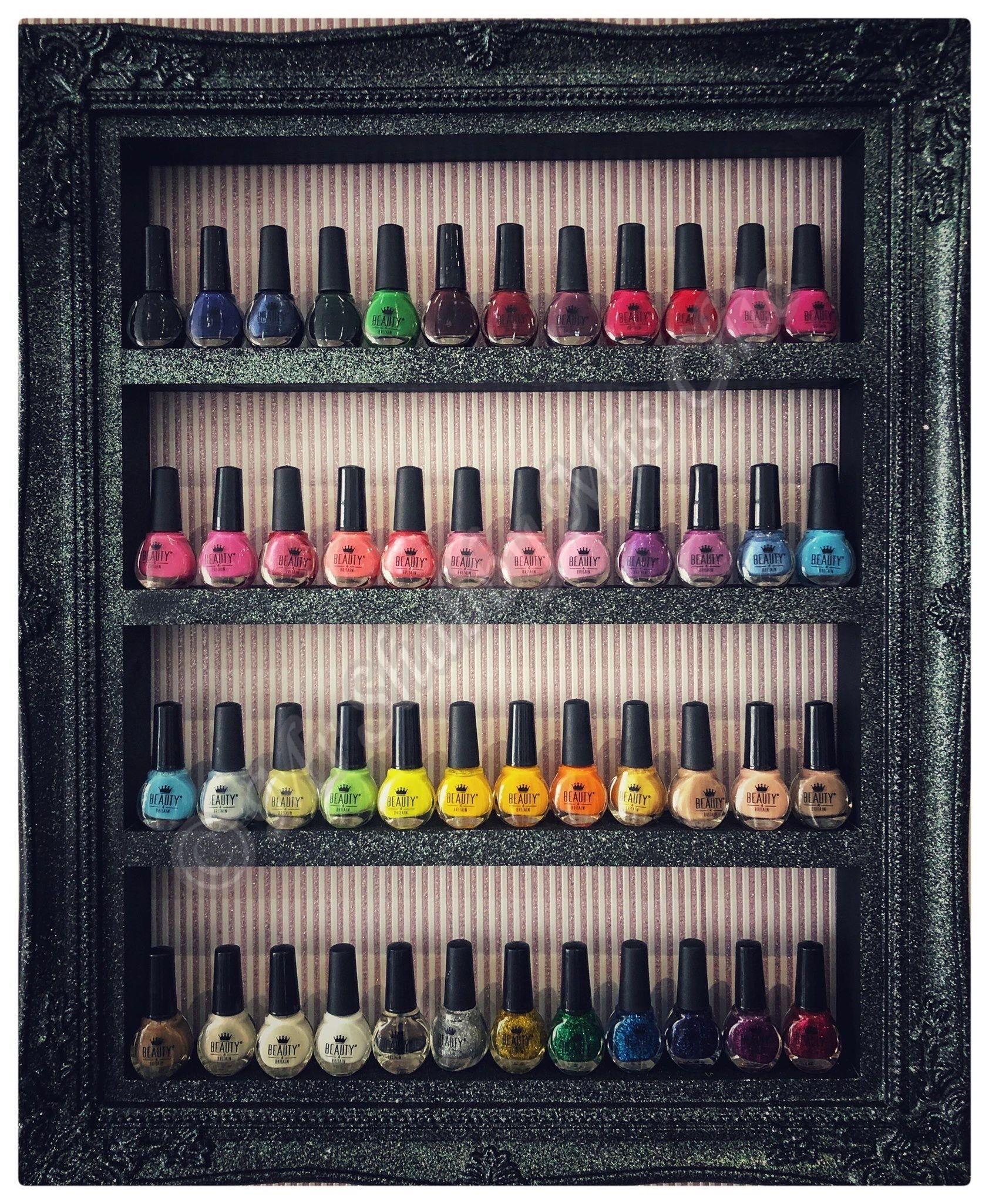 #fashion #stunningdresses #beautyblog #nailblogger #salon #salondecor