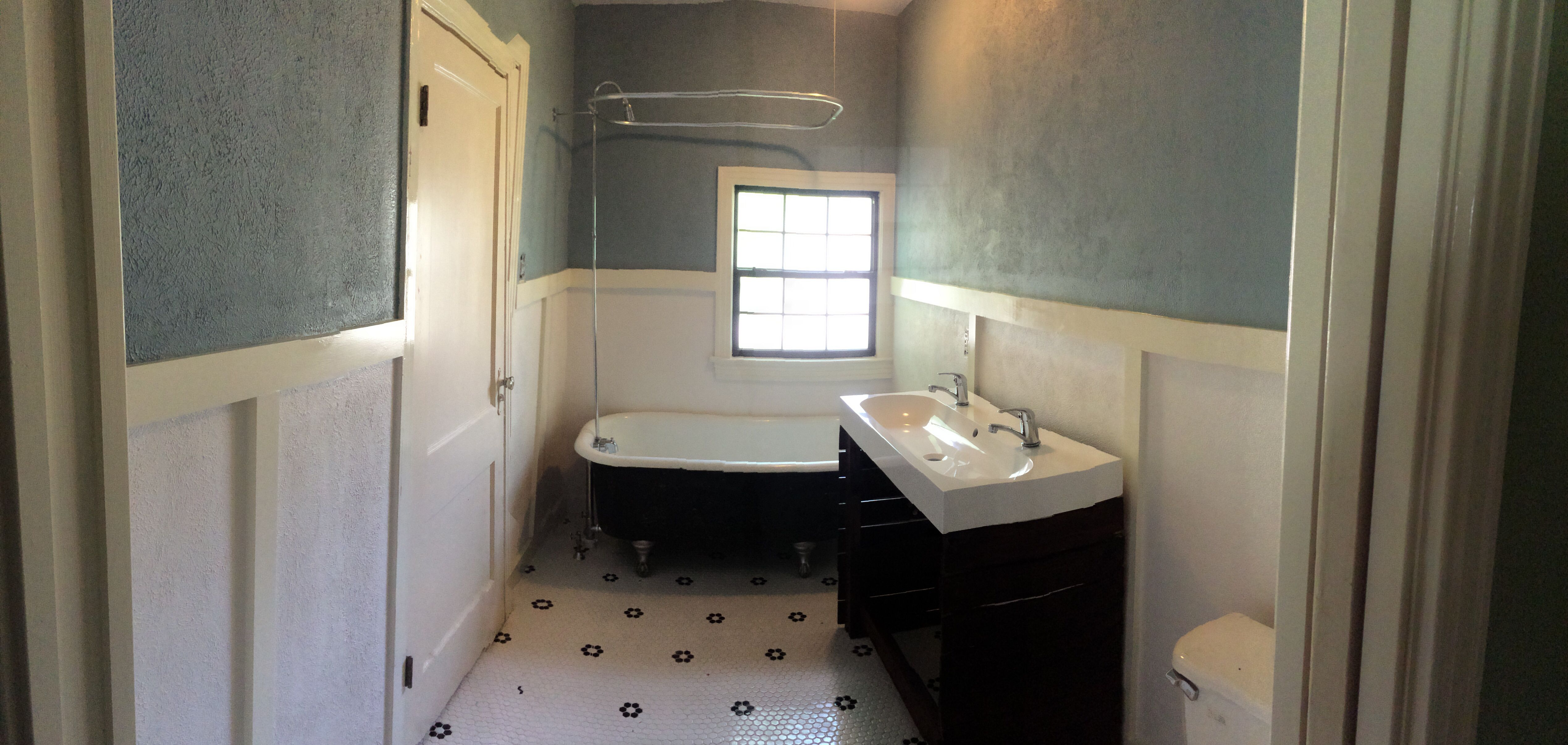 S Bathroom Remodel Chalkboard Painted Claw Foot Tub Black And - 1940s bathroom remodel