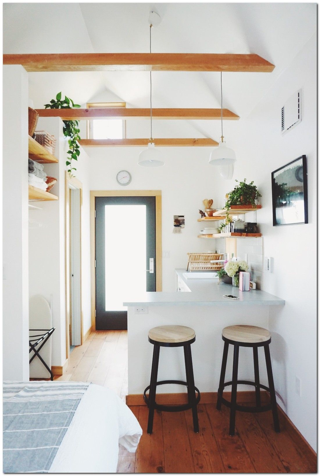 100+ Smart Ideas to Add More Seating to Small House | Smallest house ...