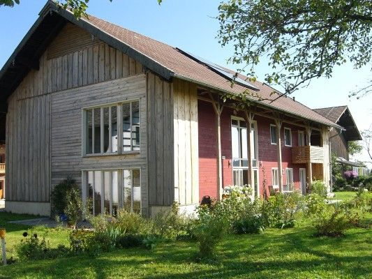 Umbau einer scheune zum wohnhaus in niederbayern for Wohnhaus bauen