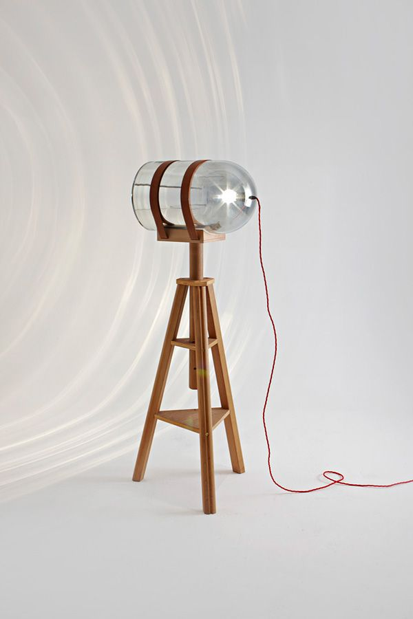 Stativlampe // Rolf Sachs | Light It Up | Lighting Design, Wood Lamps
