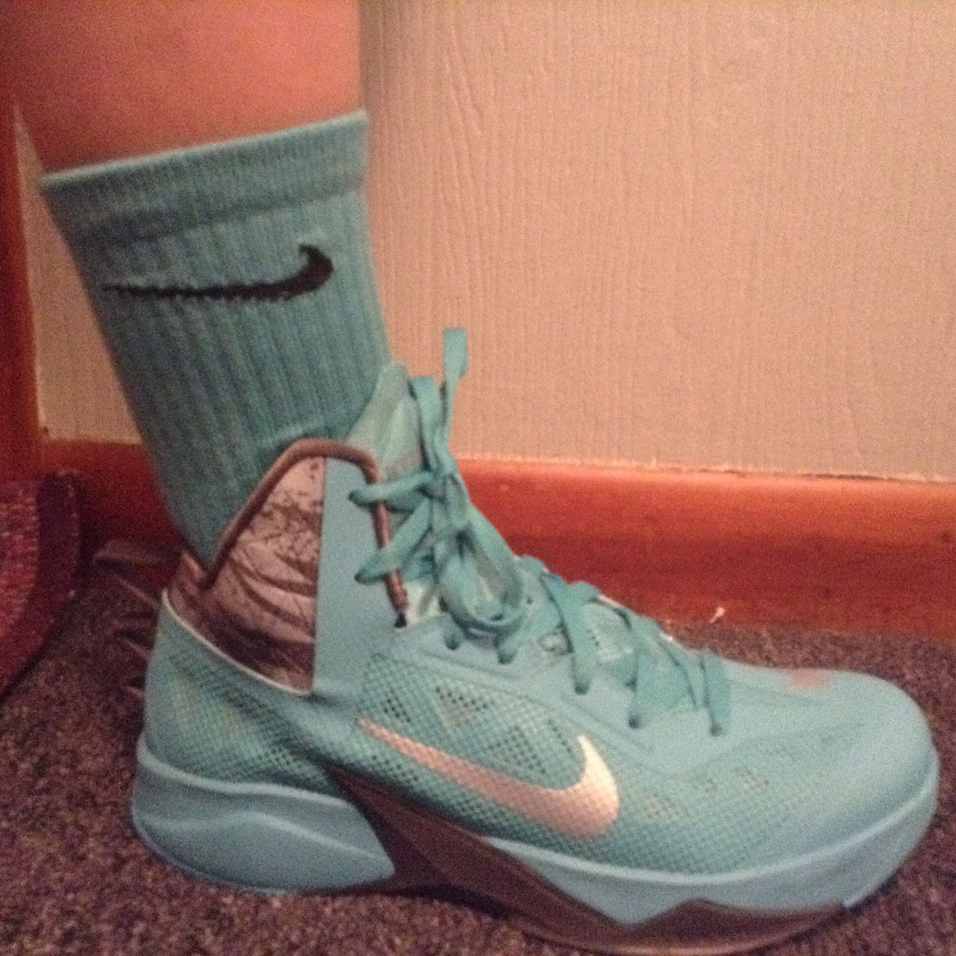 sneakers for cheap 5012a 1da8d Nike zoom hyperfuse 2013 and elite socks