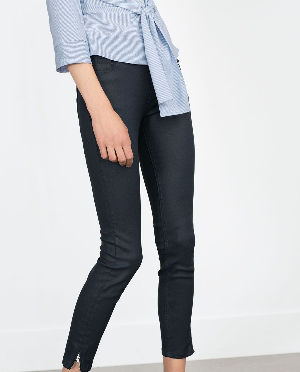 PANTALON EN JEAN ENDUIT-Skinny-Pantalons-FEMME   ZARA France ... ca58513a87d