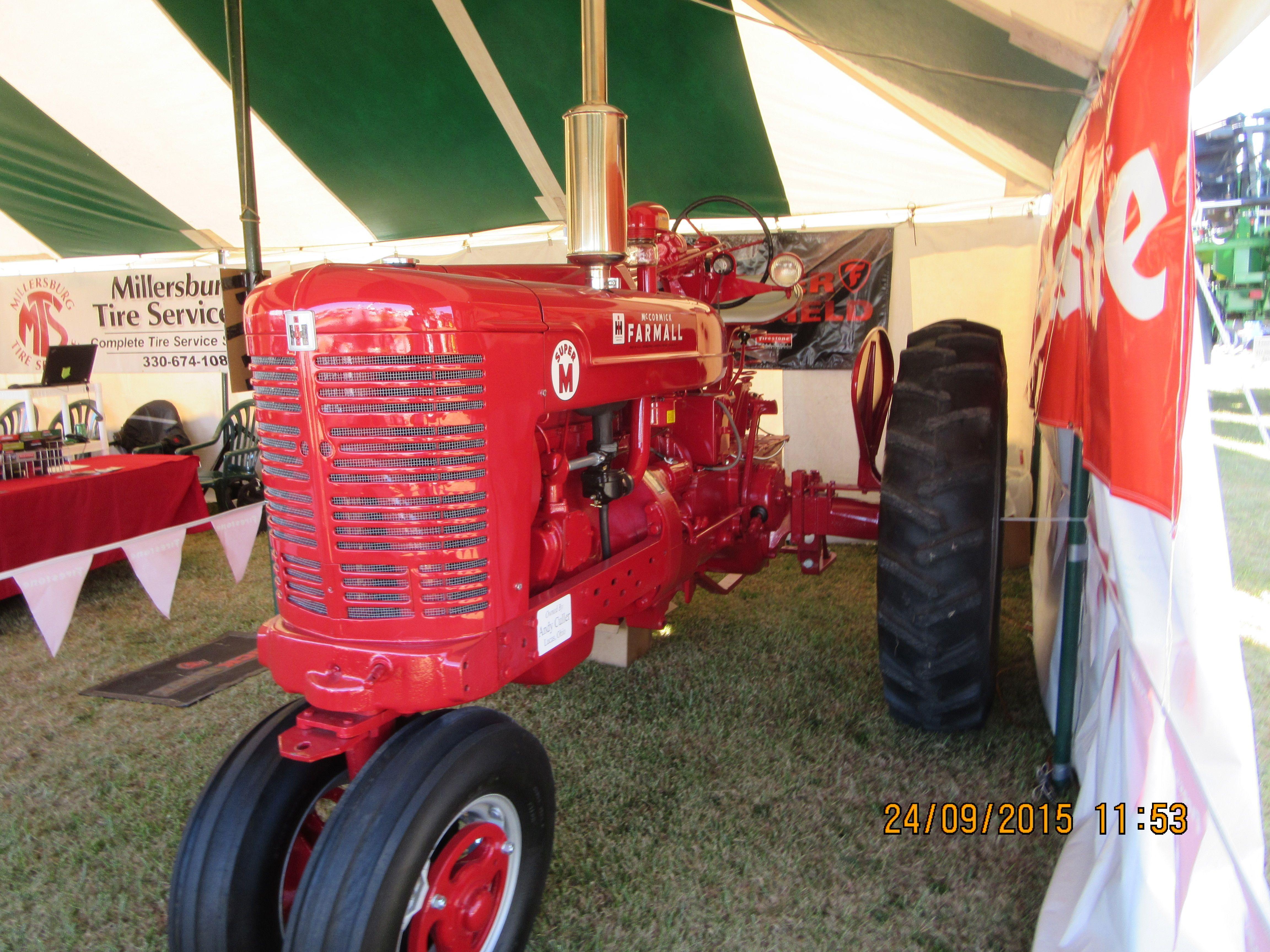 Farmall Super M At 2105 Farm Science Review International Tractors Farmall Farmall Super M