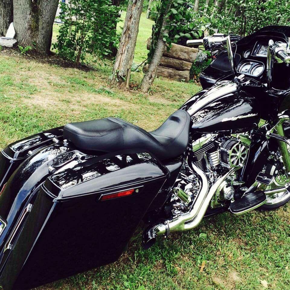 Black Road Glide