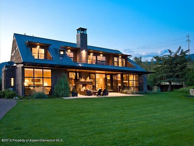 Swell Beautiful Home Exterior Backyard View Dream Home Home Interior And Landscaping Mentranervesignezvosmurscom