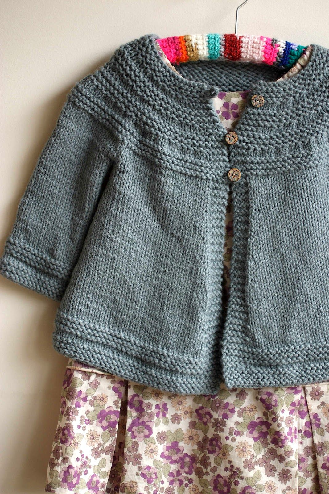 Ravelry Free Knitting Patterns Babies : Cardigan