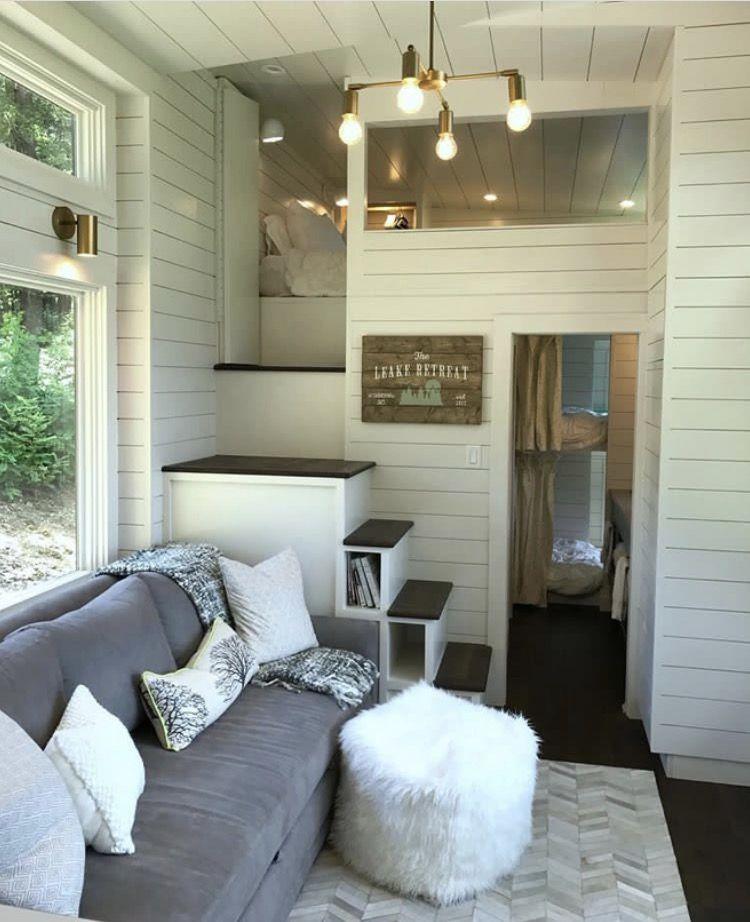 Pin By Kristin Lohr On Tiny House Love Mini Maison Maison Petite