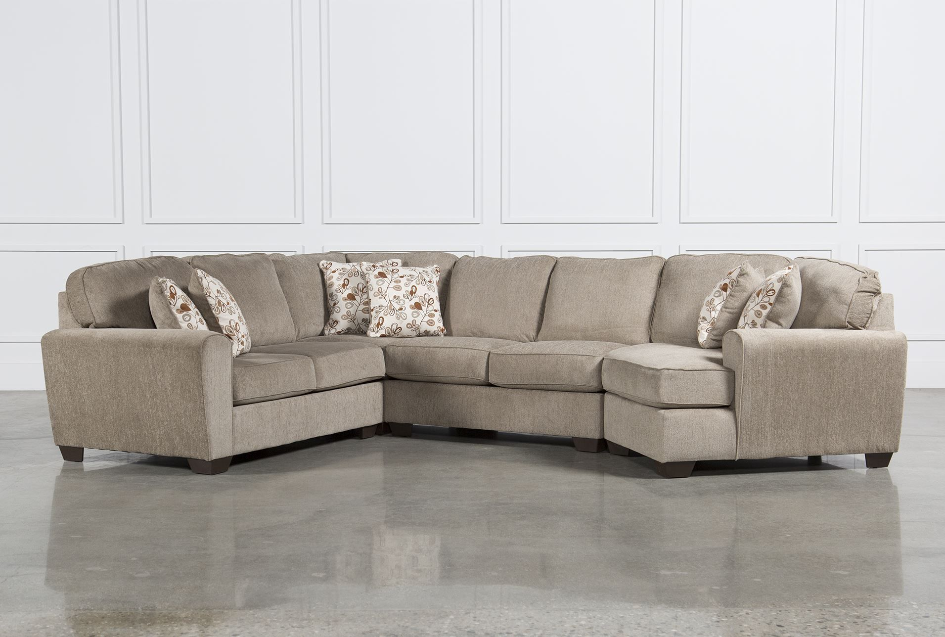 Best Patola Park 4 Piece Sectional W Raf Cuddler Signature 400 x 300