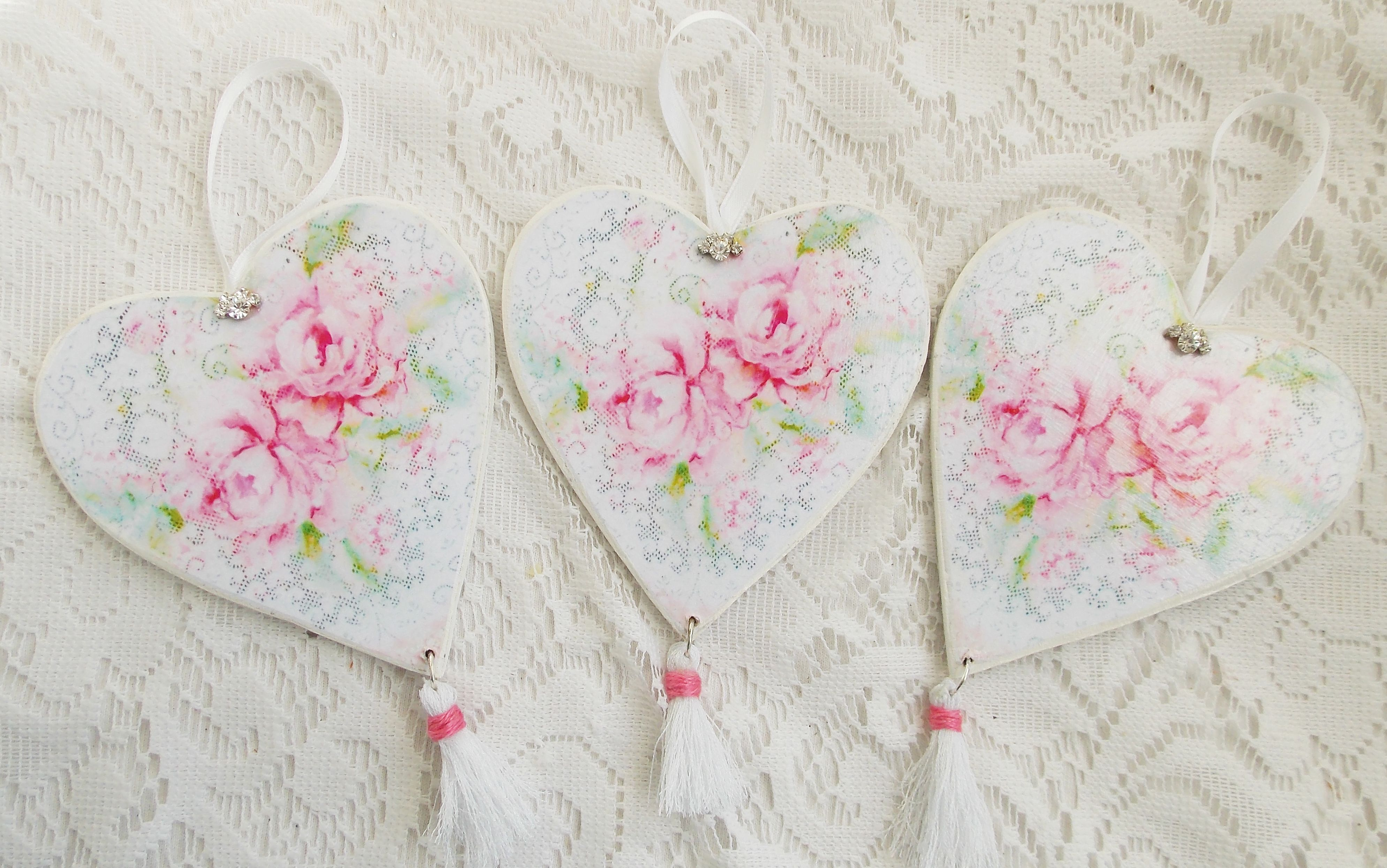 3 pink rose heart ornaments hang tags wooden.