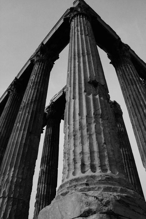 By Fernando Lizarraga. Olympion Temple. Athens, Greece.