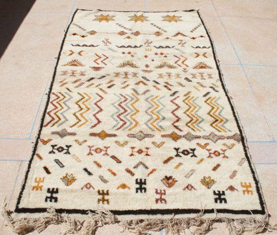marokkanischer berber teppich 150x250 berberteppich wollteppich grafisches design. Black Bedroom Furniture Sets. Home Design Ideas