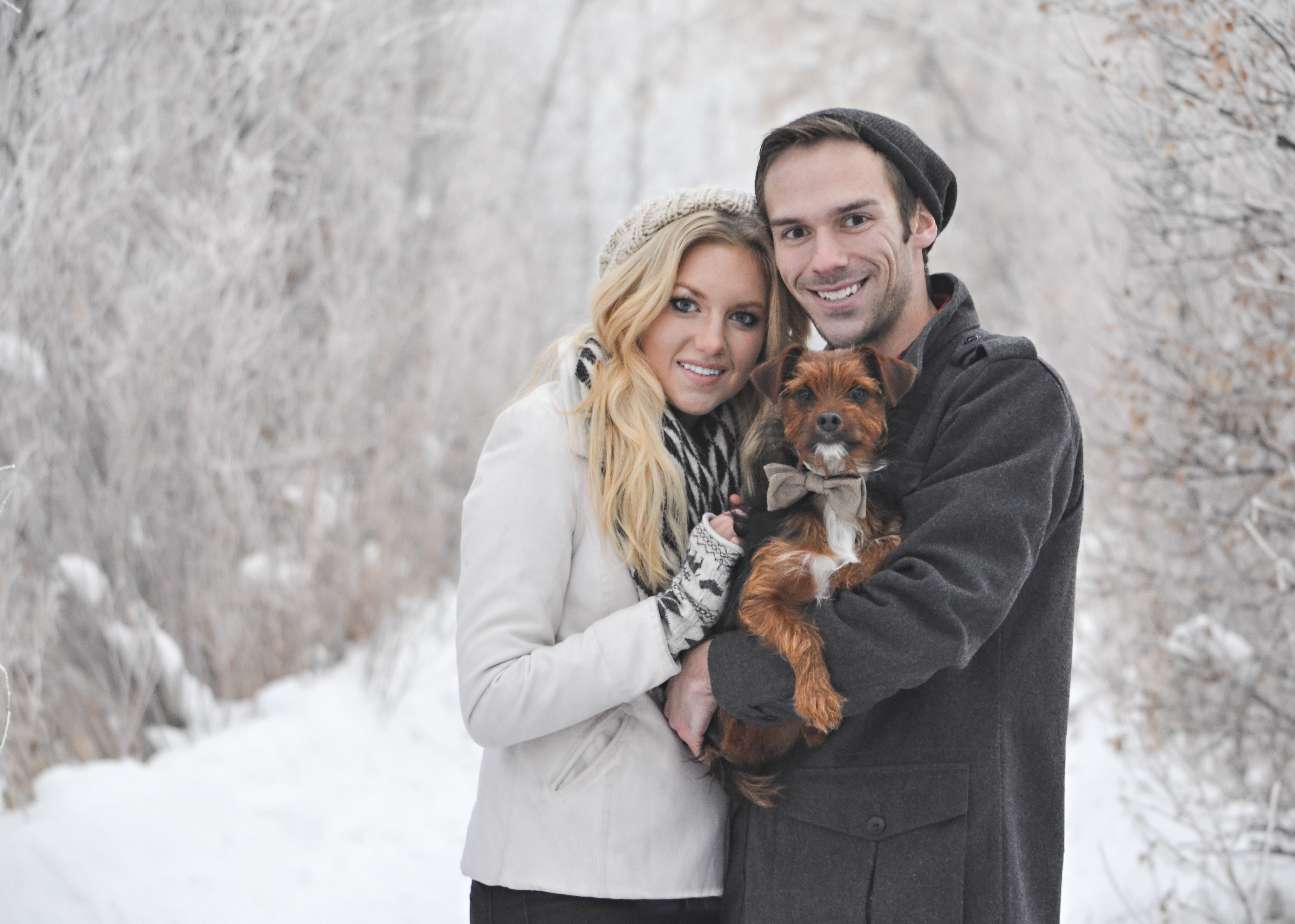 Christmas Pictures With Couple And Dog