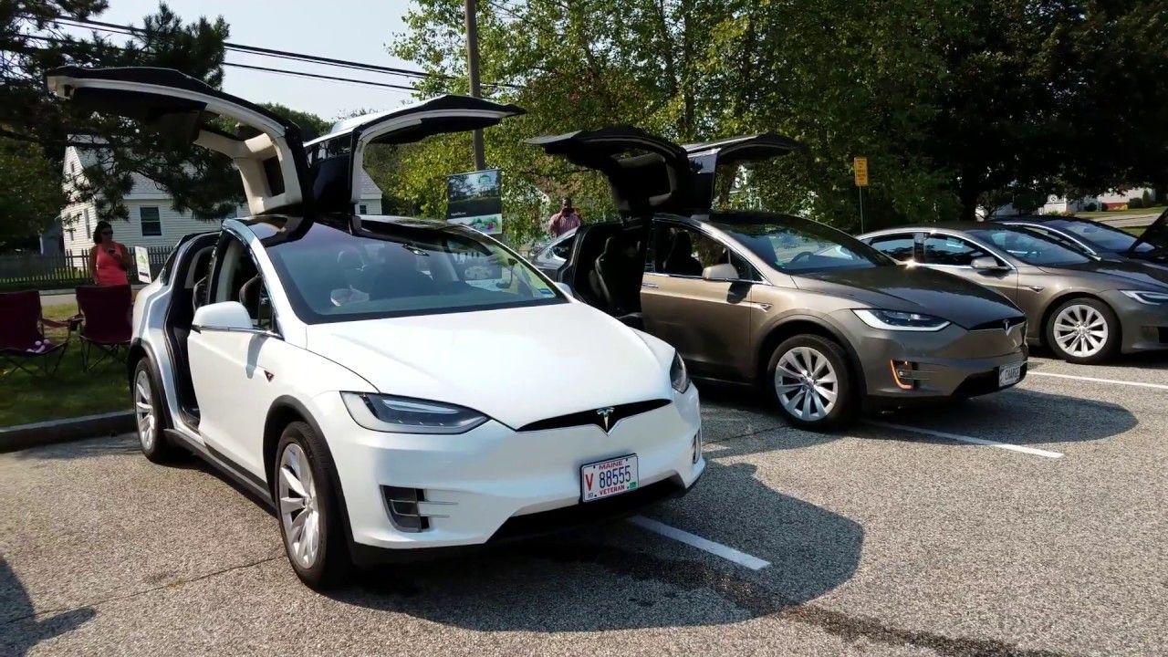 Electric Ac Cobra And Tesla Model X Gull Wing Doors Dancing To