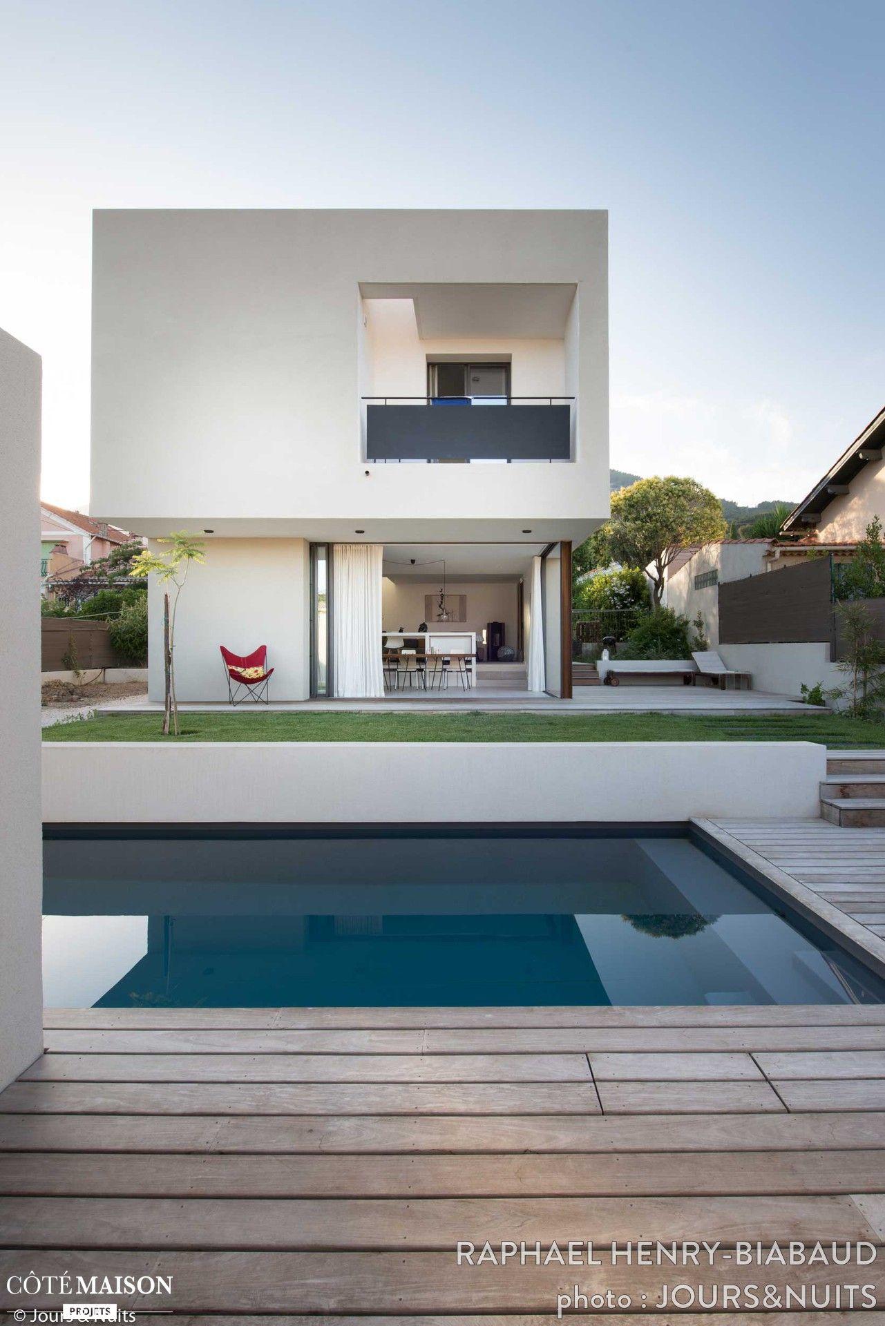 La villa d architecte avec piscine et terrasse