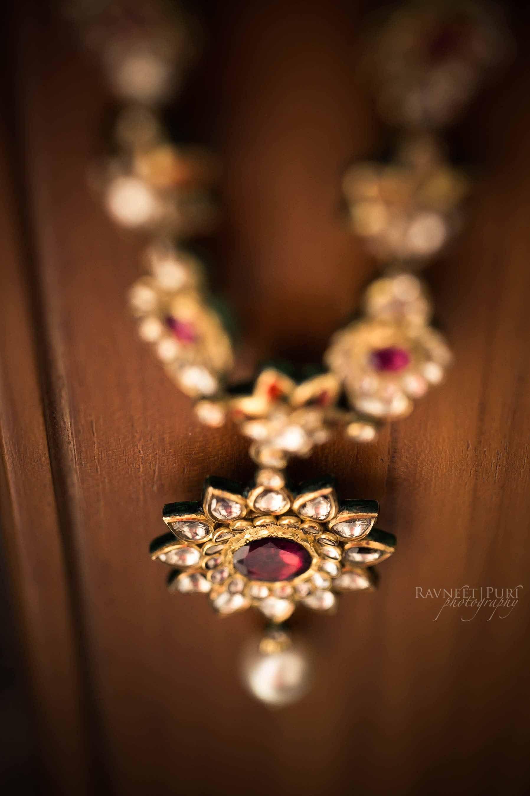 #weddingjewellery #indianweddingphotographers #weddingphotography #polki