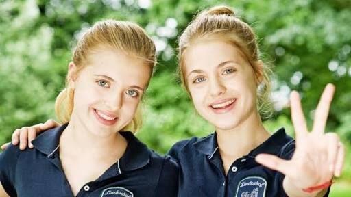 Hanni Und Nanni Google Da Ara Twin Girls Twins Girls Image