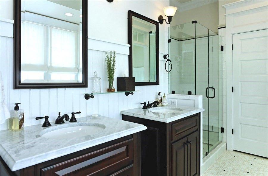 The Dr. Watson Inn Residential Rental Framed bathroom