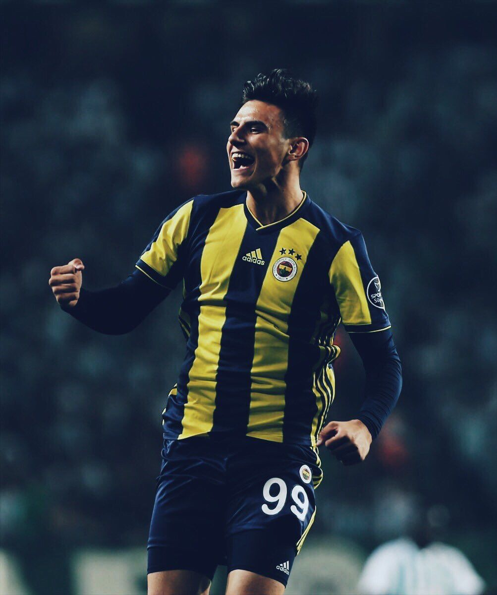 Cubuklu Pesinde On Twitter Fenerbahce Sk Lionel Messi Sports Clubs